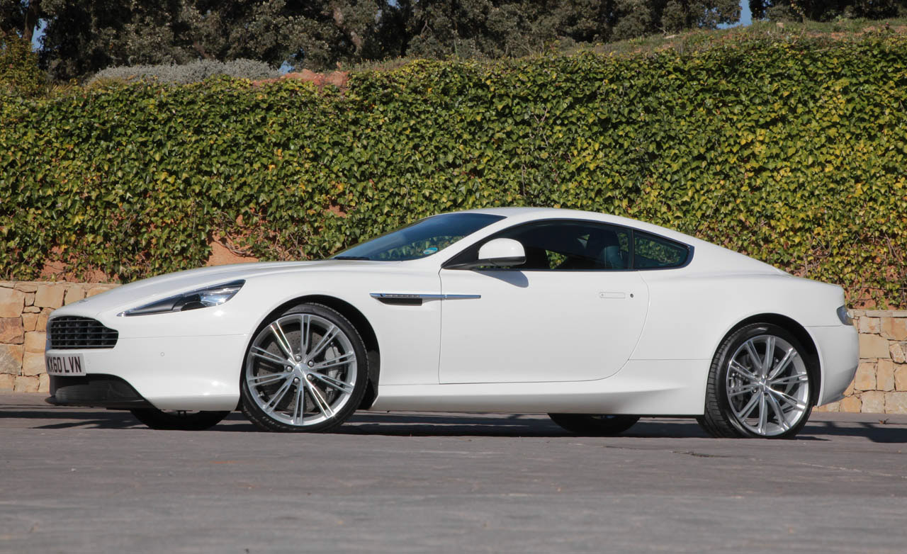 Aston Martin Virage: 03 фото