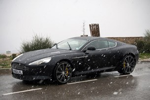 Aston Martin Virage: 11 фото