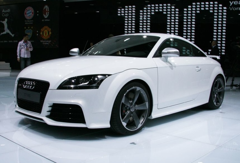 Audi TT RS Coupe: 08 фото