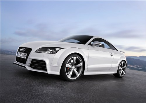 Audi TT RS Coupe: 10 фото