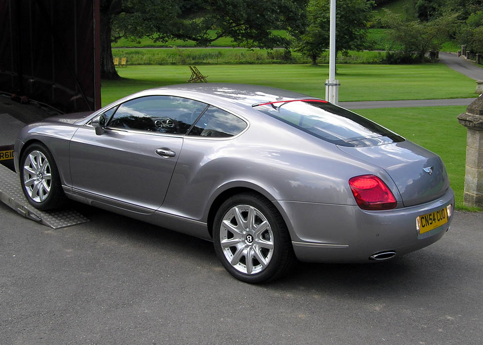 Bentley Continental GTC: 08 фото