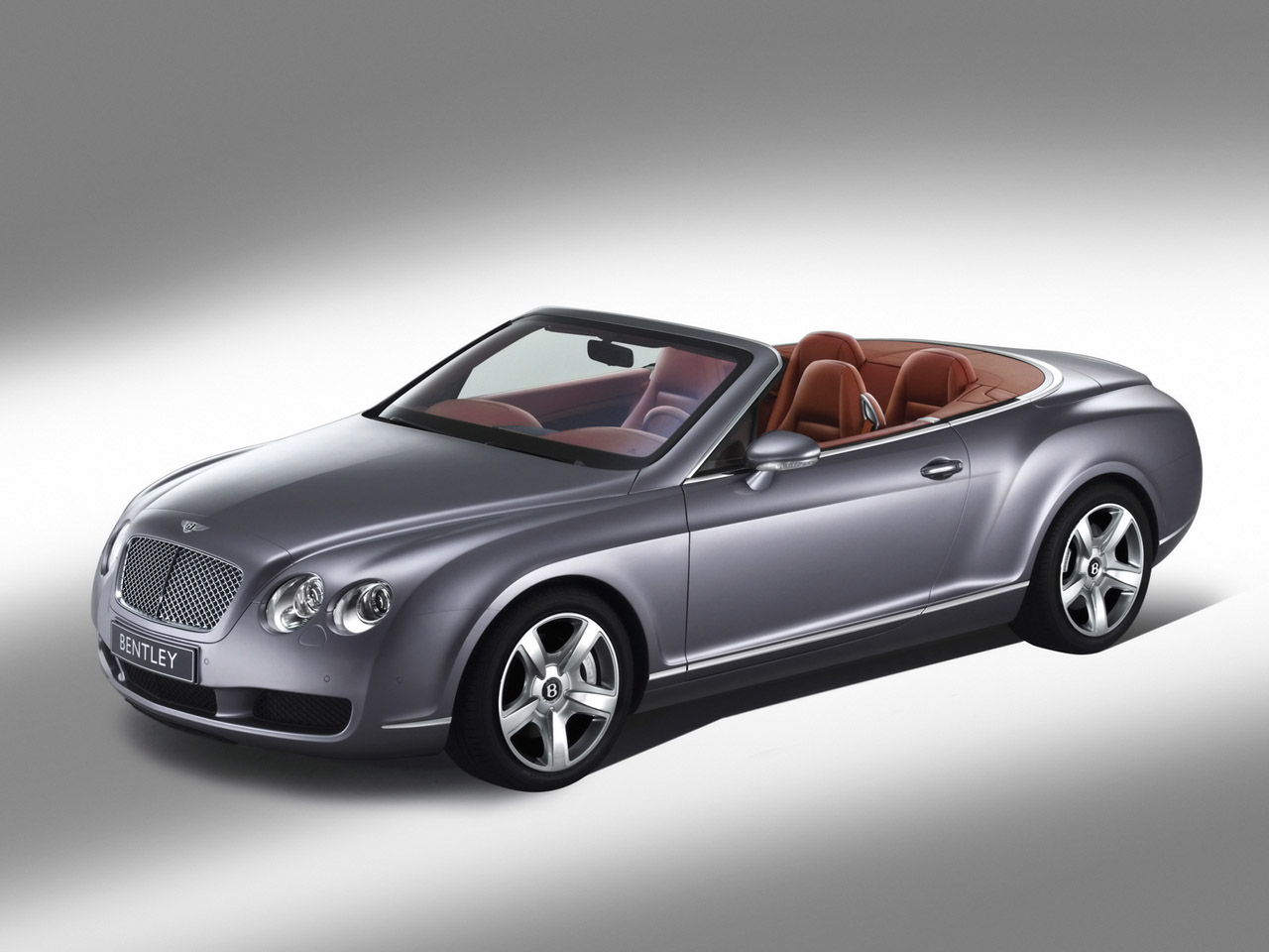 Bentley Continental GTC: 10 фото