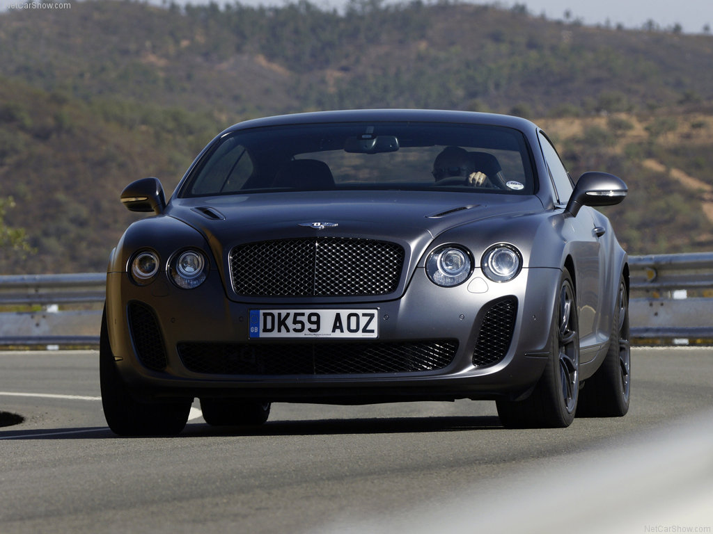 Bentley Continental: 8 фото