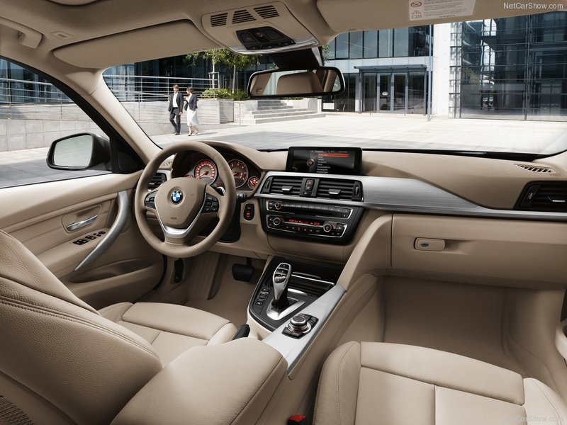 BMW 3-series Touring: 10 фото