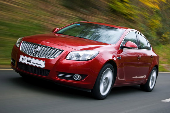 Buick Regal: 12 фото