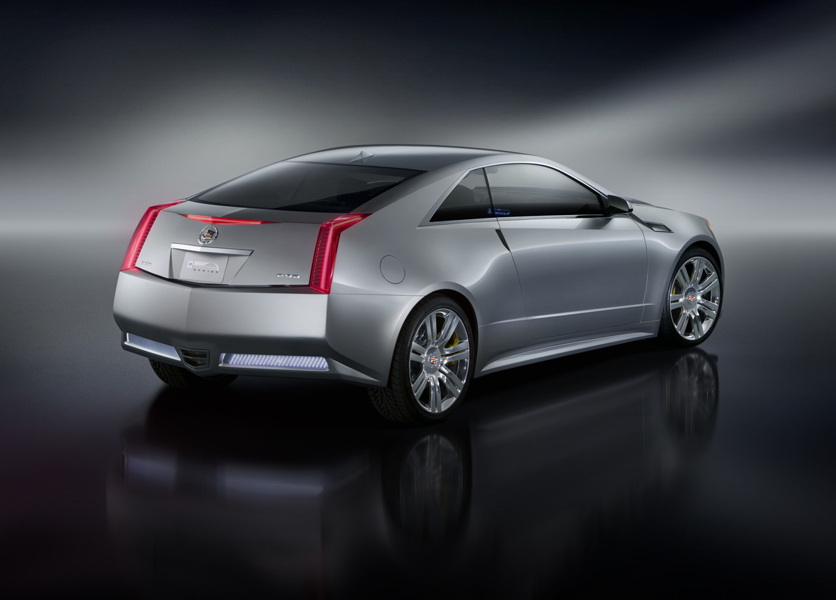Cadillac CTS Coupe: 08 фото
