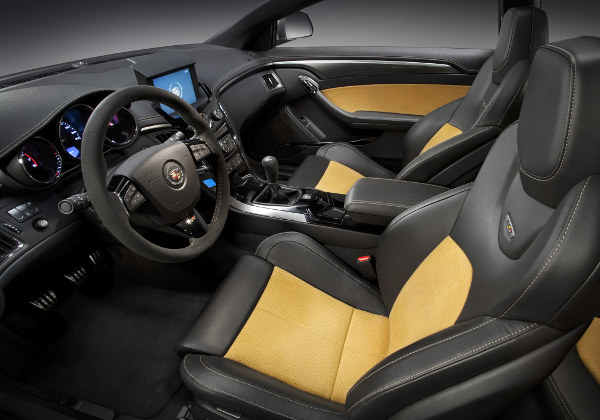 Cadillac CTS Coupe: 11 фото