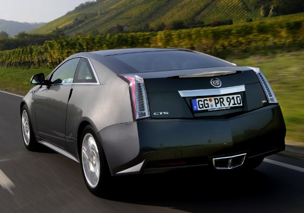 Cadillac CTS Coupe: 12 фото