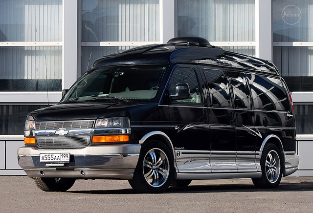 Chevrolet Express: 08 фото
