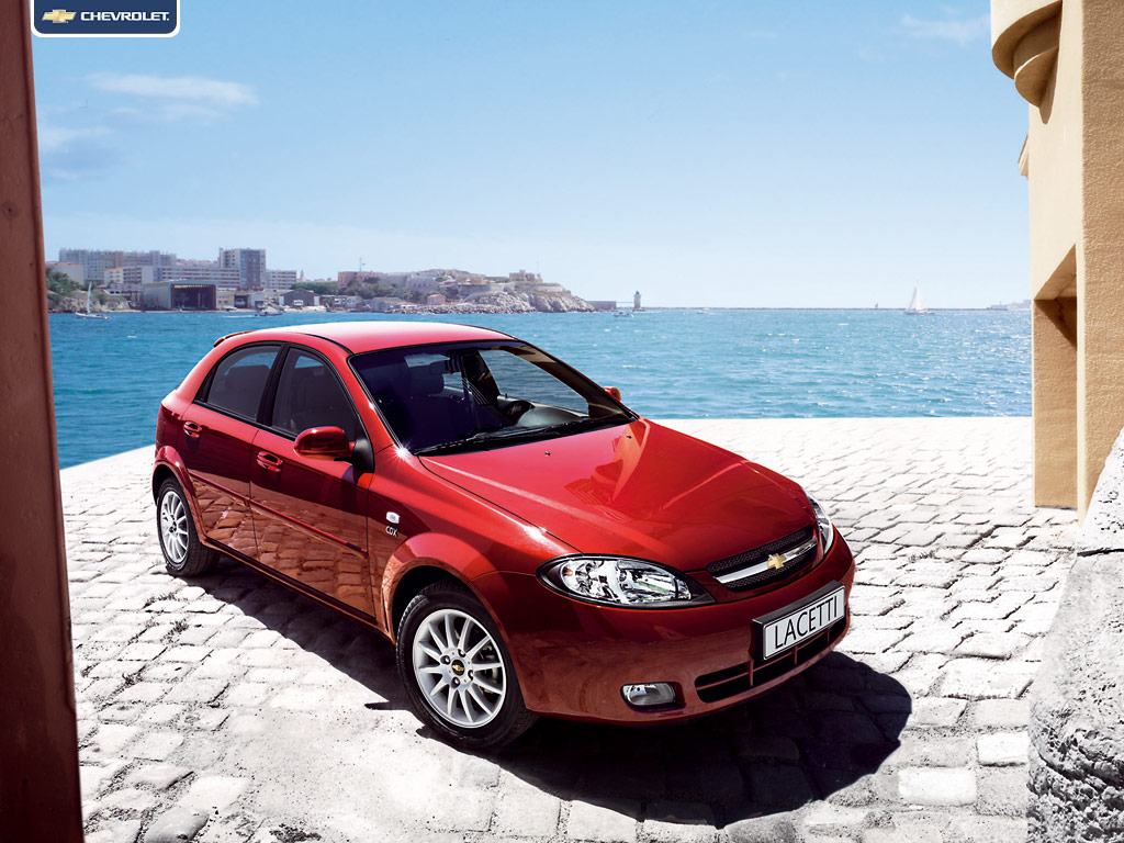 Chevrolet Lacetti Hatchback: 06 фото