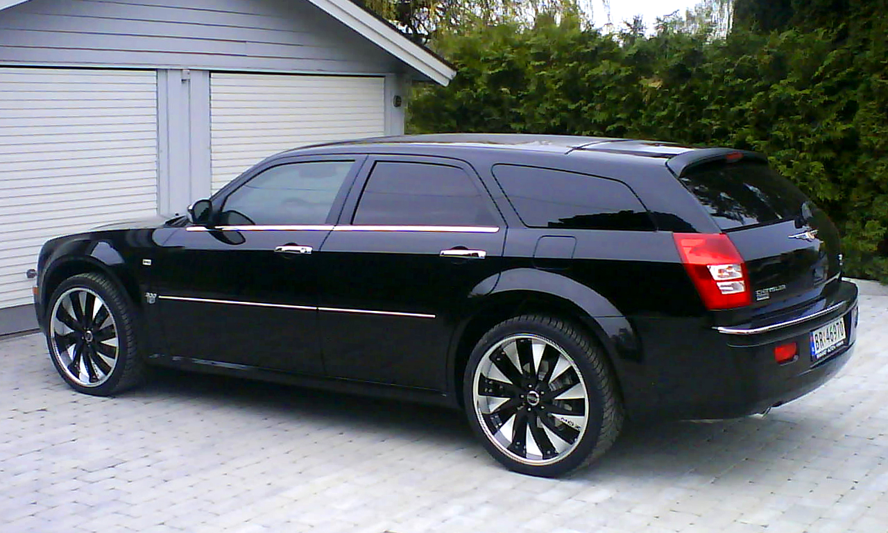 Chrysler 300C Touring: 04 фото