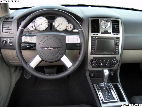Chrysler 300C Touring: 05 фото