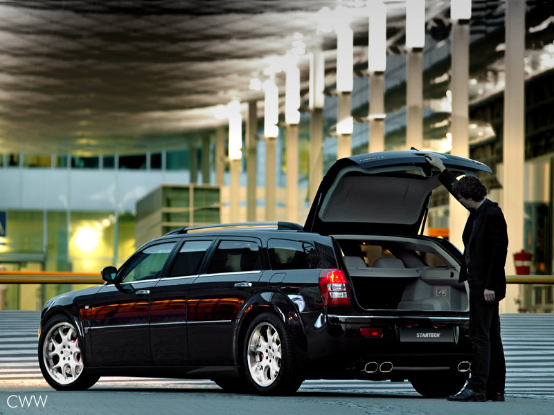 Chrysler 300C Touring: 06 фото