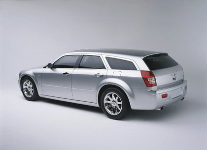 Chrysler 300C Touring: 08 фото
