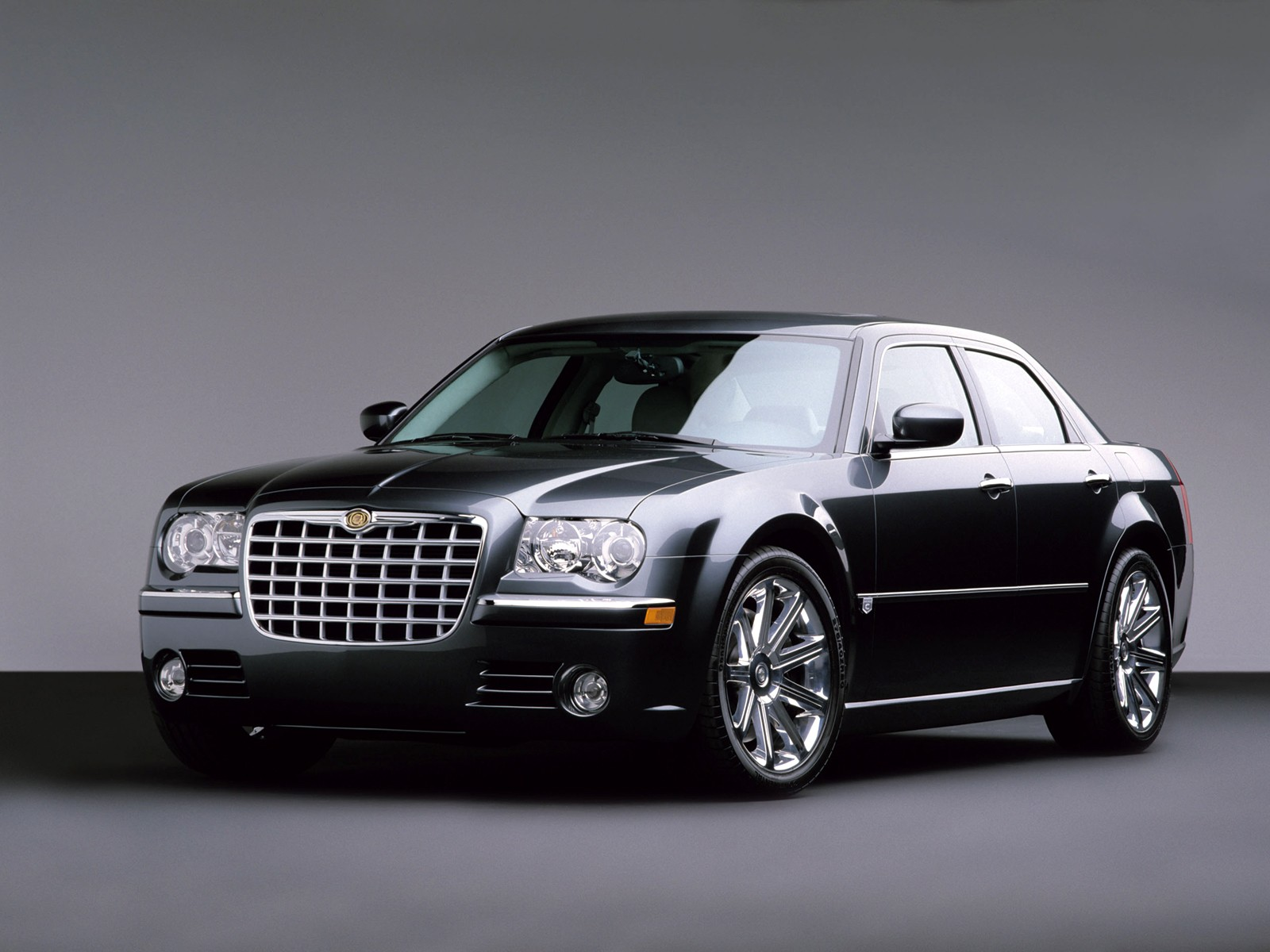 Chrysler 300C: 2 фото