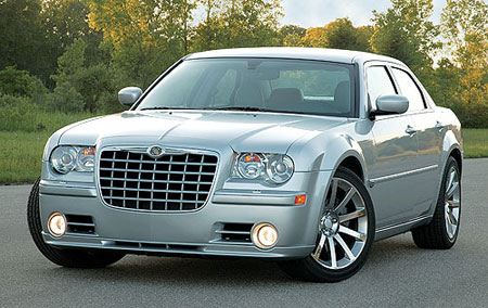 Chrysler 300C: 9 фото