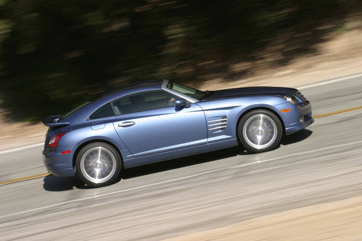 Chrysler Crossfire: 10 фото
