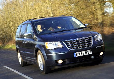 Chrysler Grand Voyager: 02 фото