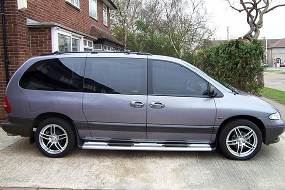 Chrysler Grand Voyager: 04 фото