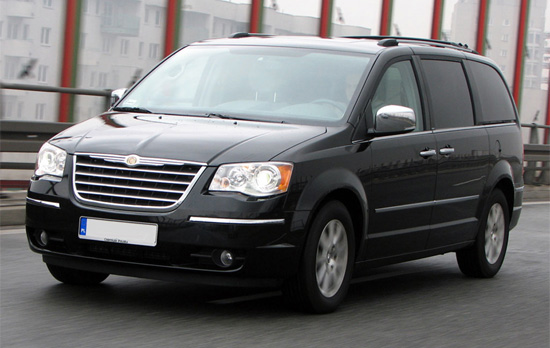 Chrysler Grand Voyager: 7 фото