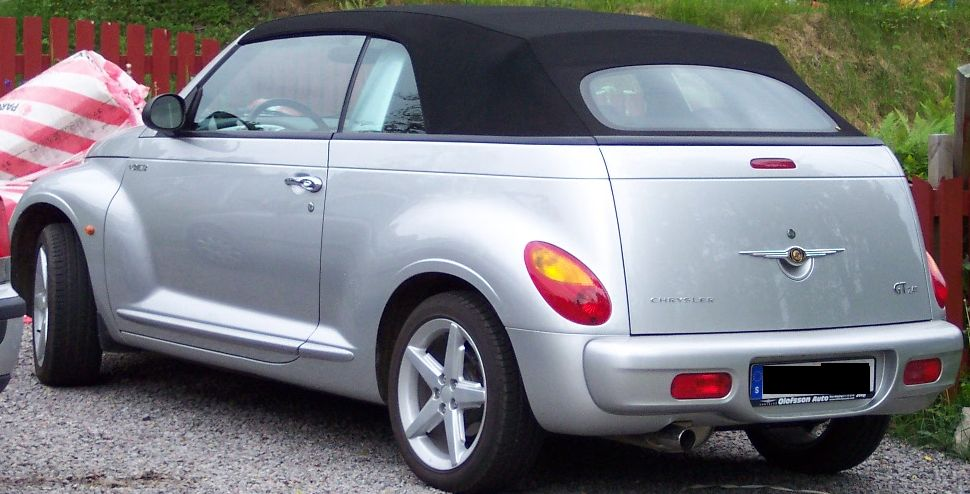 Chrysler PT Cruiser Cabrio: 03 фото
