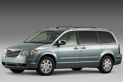 Chrysler Town and Country: 07 фото