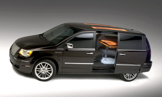 Chrysler Town and Country: 11 фото