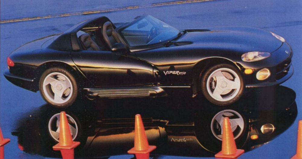 Chrysler Viper: 12 фото