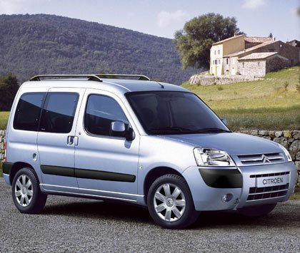 Citroen Berlingo: 08 фото