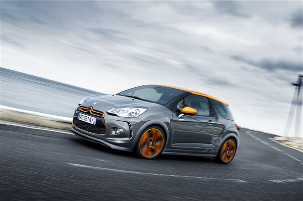 Citroen DS3 Racing: 08 фото