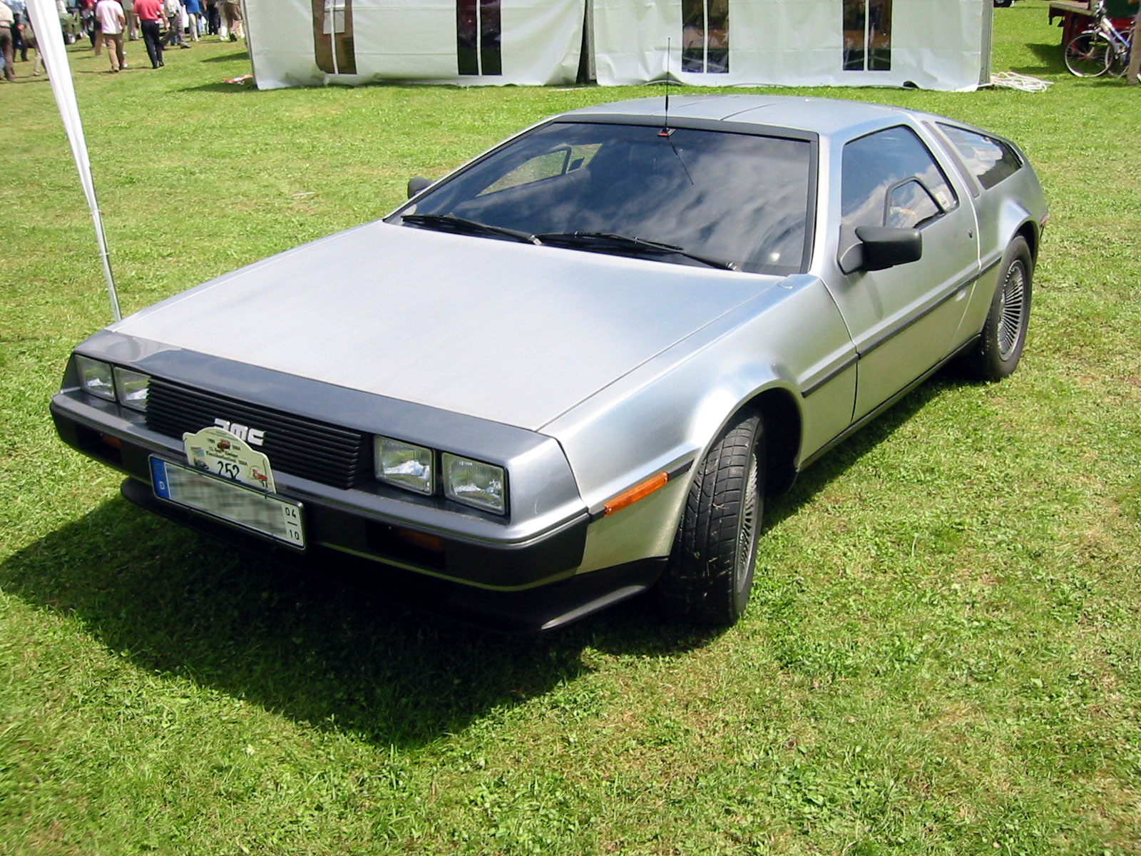DeLorean DMC-12: 04 фото
