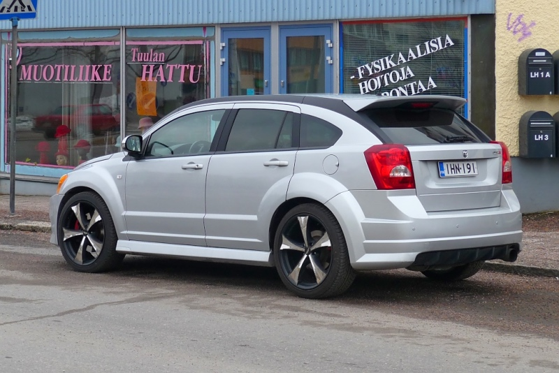 Dodge Caliber SRT: 11 фото