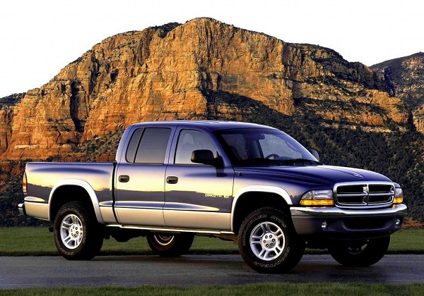 Dodge Dakota II: 05 фото