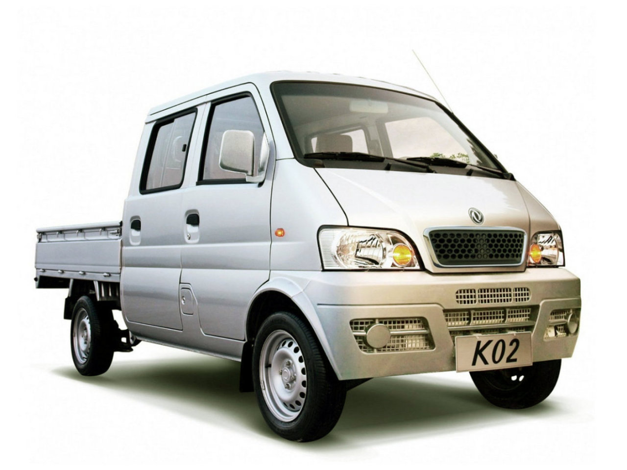 Dongfeng Mini MPV: 07 фото