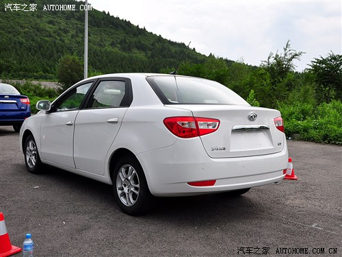 Dongfeng S30: 03 фото