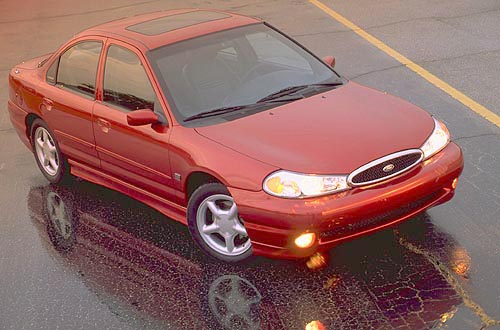 Ford Contour: 04 фото