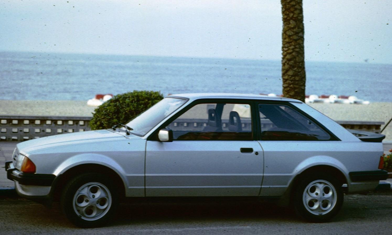 Ford Escort III: 10 фото