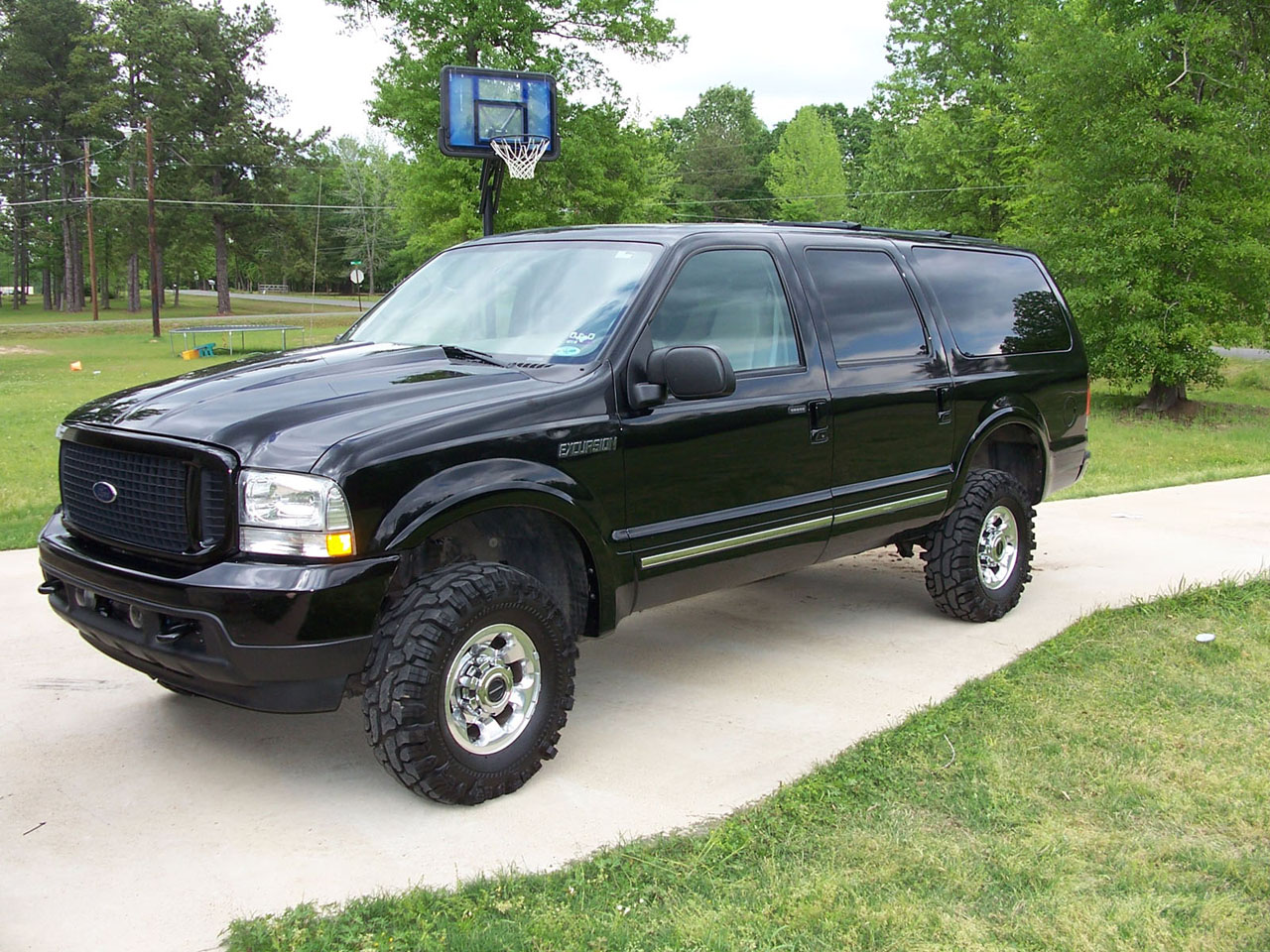 Ford Excursion: 03 фото