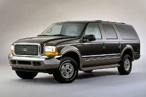 Ford Excursion: 9 фото