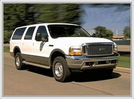 Ford Excursion: 12 фото