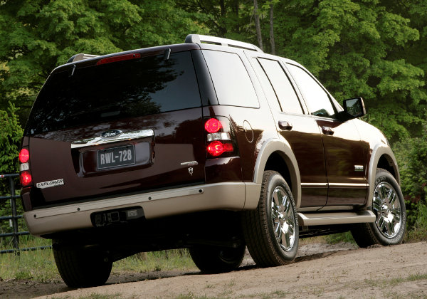 Ford Explorer IV: 6 фото
