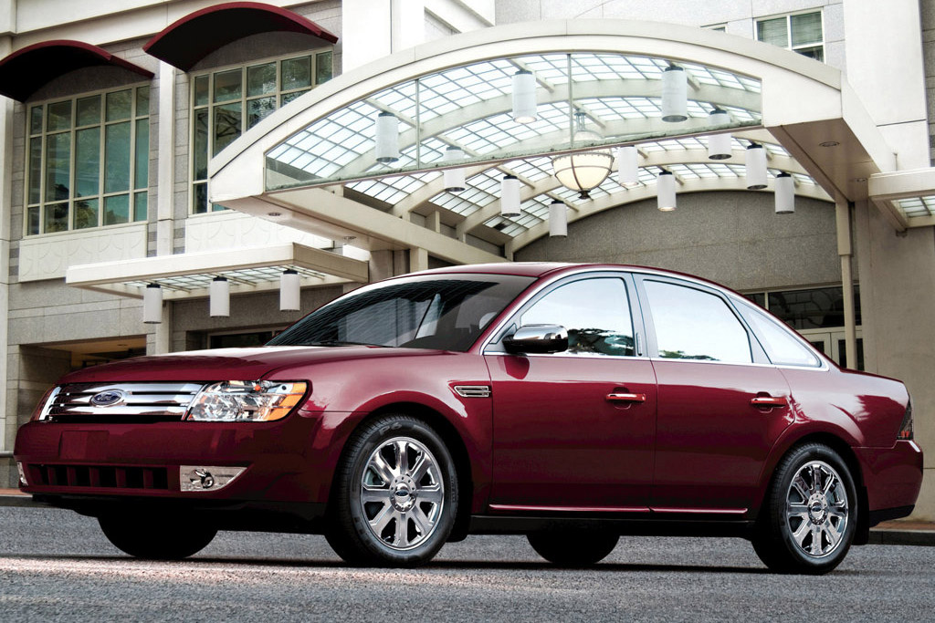 Ford Five Hundred: 11 фото