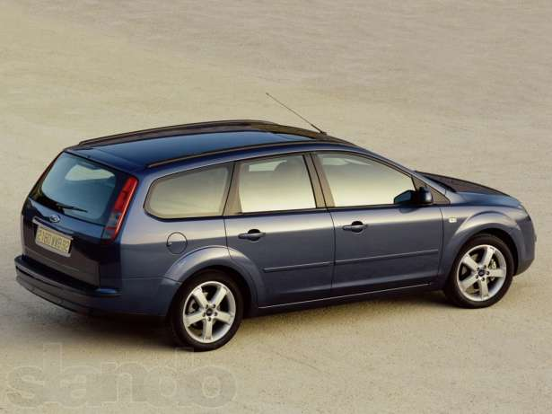 Ford Focus II Wagon: 8 фото