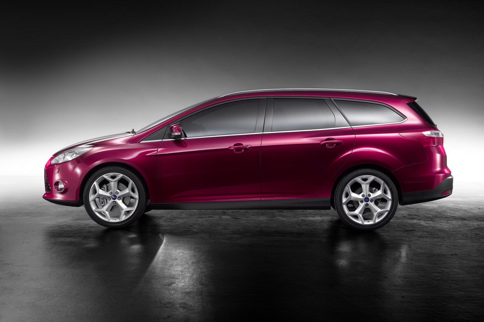 Ford Focus II Wagon: 10 фото
