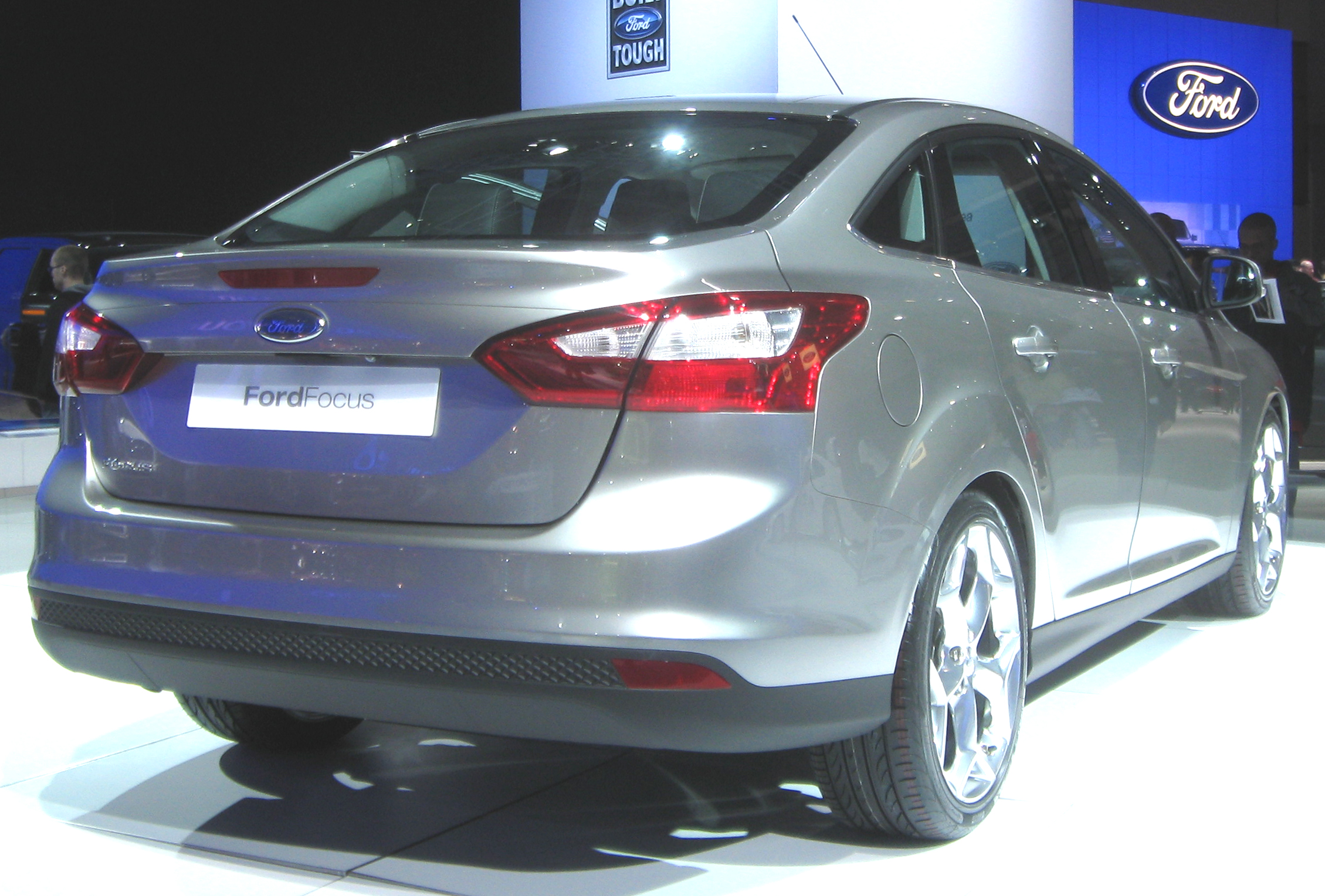 Ford Focus Sedan: 10 фото