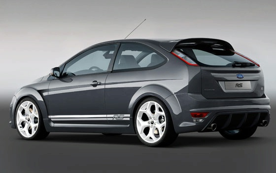 Ford Focus: 2 фото