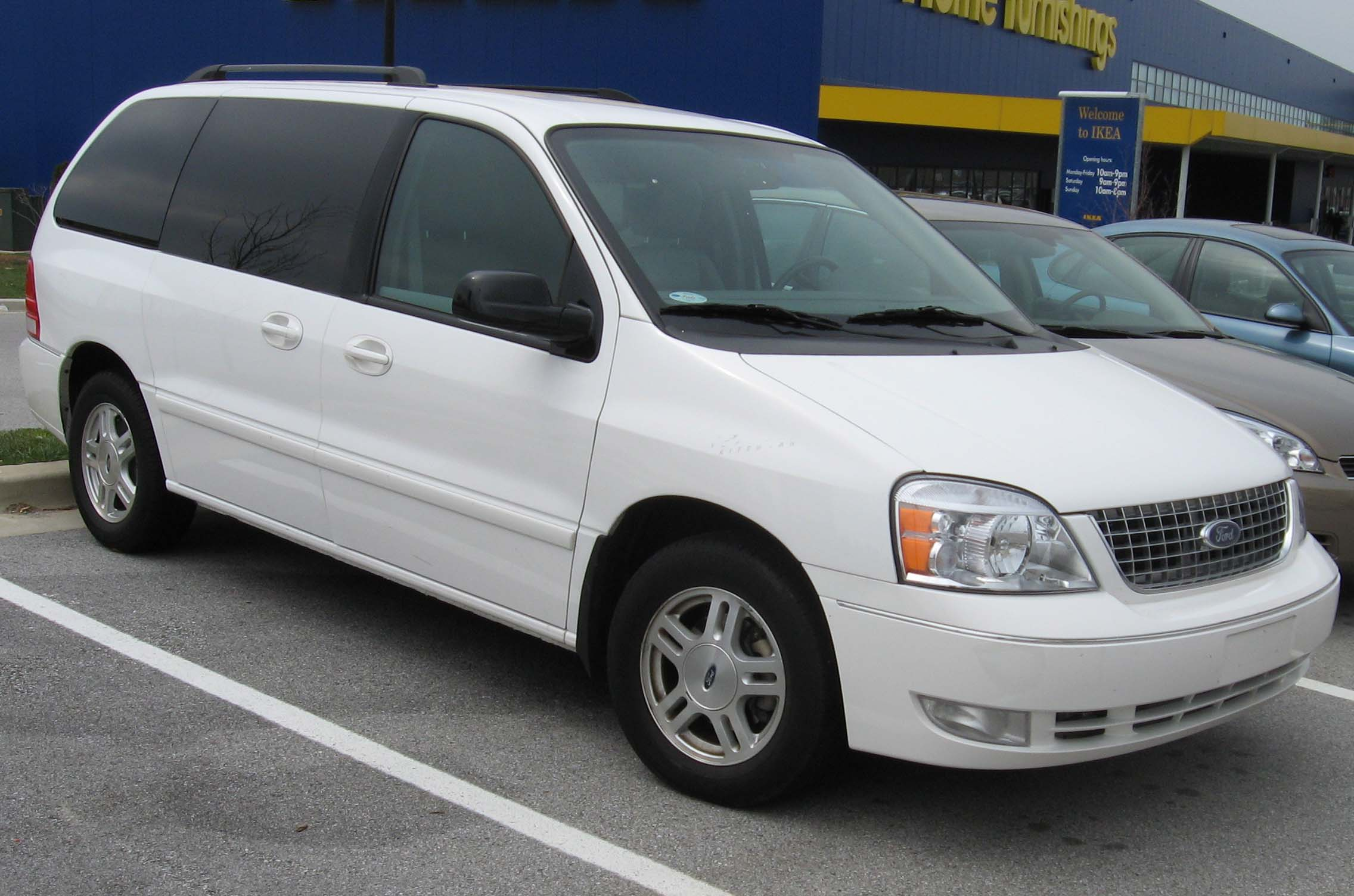 Ford Freestar: 5 фото