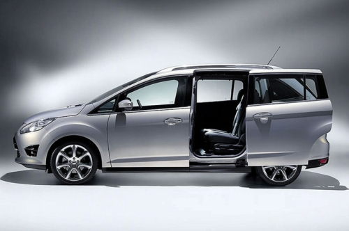 Ford Grand C-Max: 01 фото
