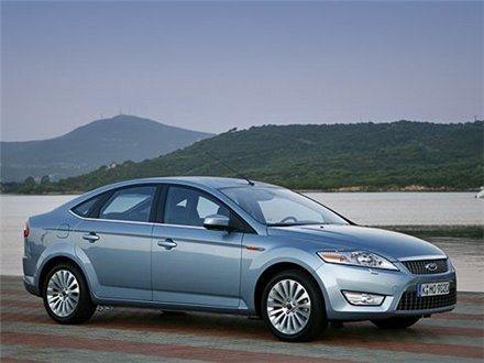 Ford Mondeo Hatchback: 06 фото