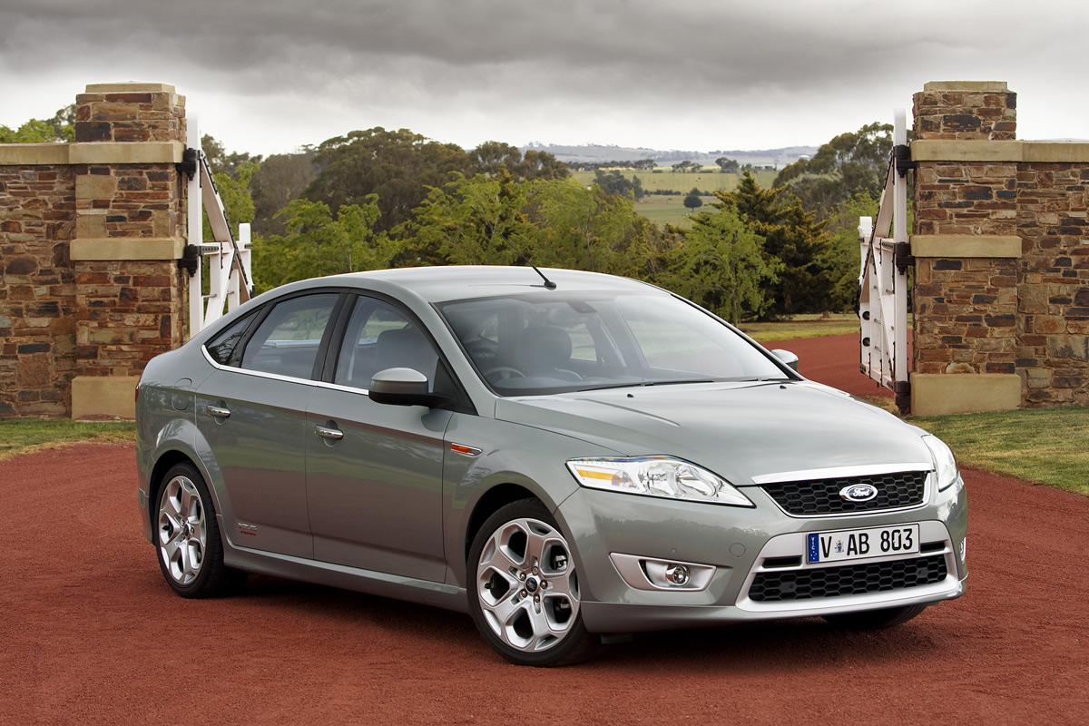 Ford Mondeo I: 5 фото